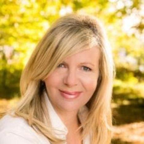 Janey-Radio-Presenter-&-author-testominal-for-Michelle-Delegat